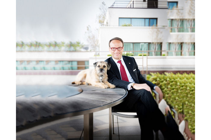 Dog Friendly Hotel Chains: Mandarin Oriental Paris l NomNomNow Blog